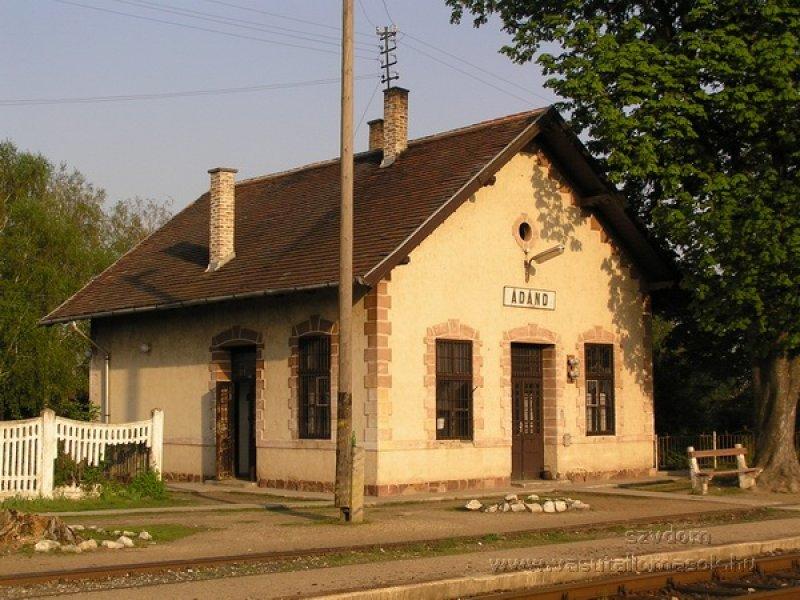 Ádánd vasútállomása