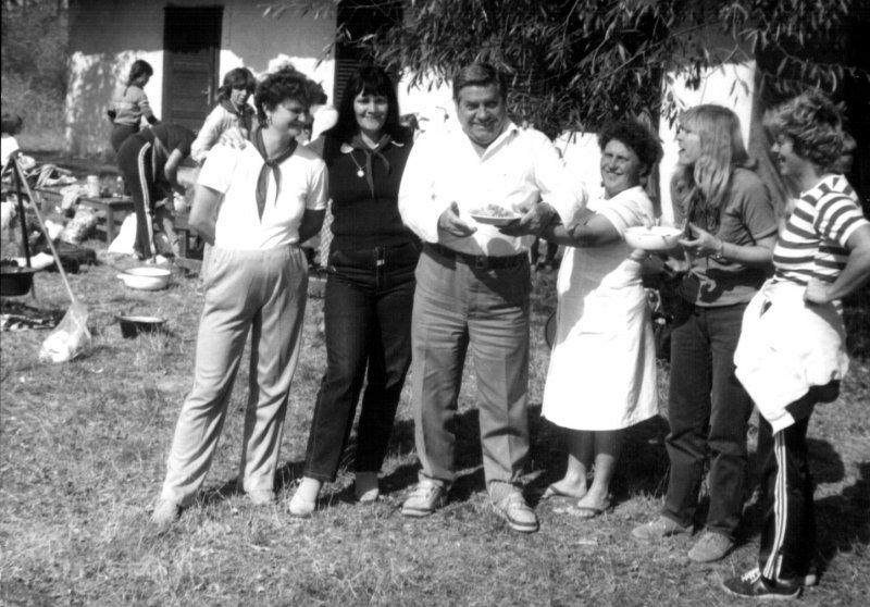 akadalyverseny-szervezoi-a-halasznaznal-1984