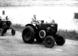 szakiskolai-ballagas-hoffer-traktor-1987