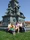 A kupuszinai küldöttség Aradon, a Szabadság szobornál
