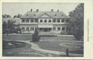 Az uradalmi kastély