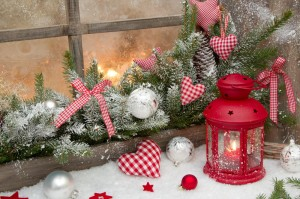 red-rustic-christmas-decoration-window-sill-red-checked-hearts-country-style-34489145